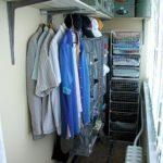 Фото 2 обустройство гардеробной на балконе или лоджии