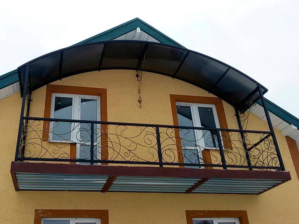 балкон арочного типа