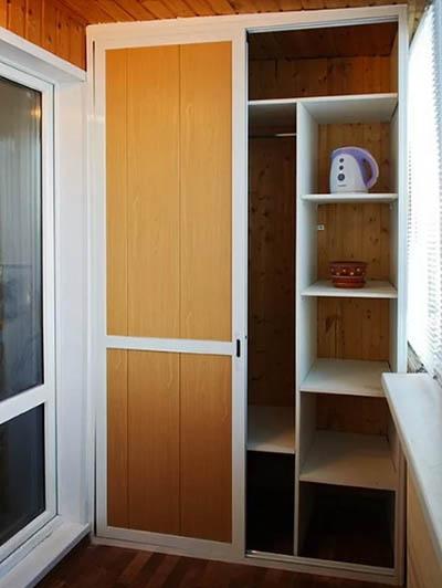 шкаф купе для балкона