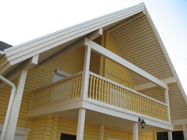 фронтонный мансардный балкон