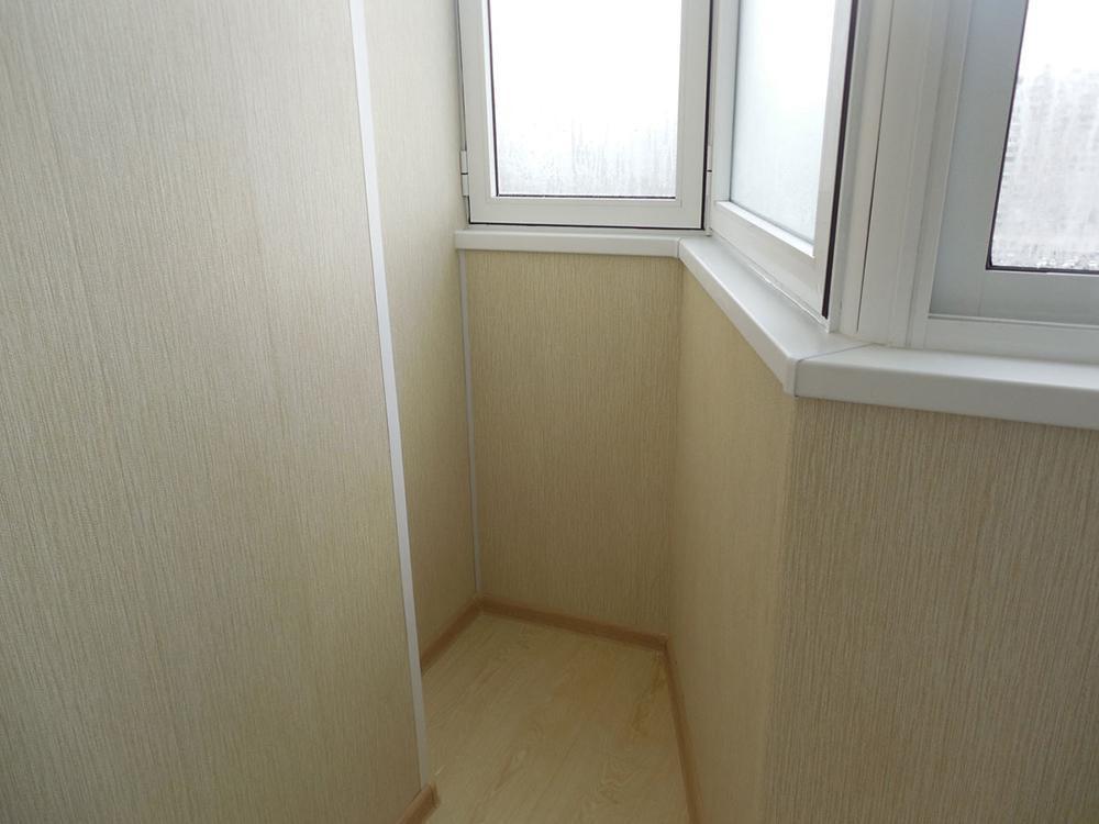 остекление балкона п-44