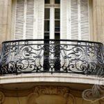 Фото 1 Виды и стили кованых балконов: топ-55 фото оригинальных идей