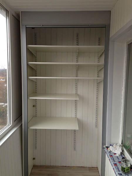 пластиковый шкаф без дверей
