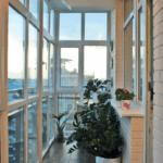 Фото 3 Идеи дизайна лоджии и балкона с панорамным остеклением