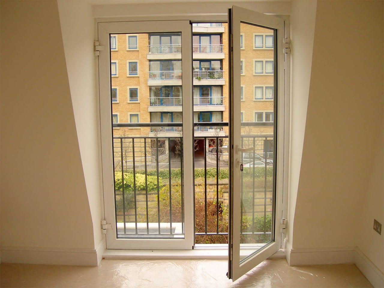 французская балконная дверь