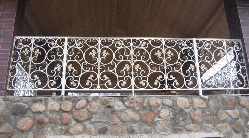 балкон в стиле ренессанс