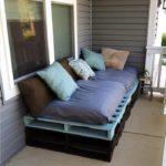 Фото 15 диван на балкон – критерии выбора и инструкция по самостоятельному изготовлению
