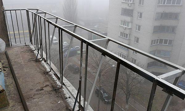 Вынос балкона по парапету