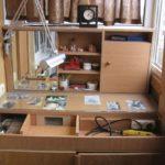 Фото 10 пошаговое обустройство мастерской на балконе или лоджии