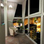 Фото 16 Идеи дизайна лоджии и балкона с панорамным остеклением