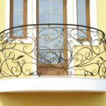 Фото 33 Виды и стили кованых балконов: топ-55 фото оригинальных идей