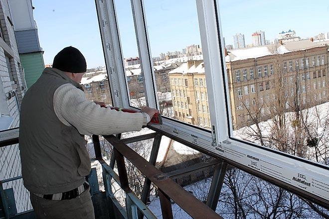 остекление балкона зимой