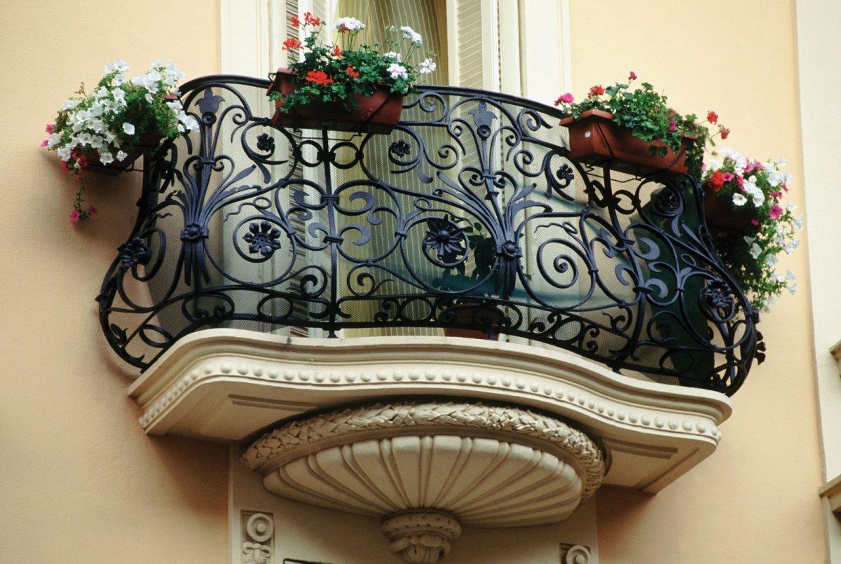 балкон в стиле рококо