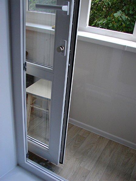 утепленные раздвижные двери для балкона
