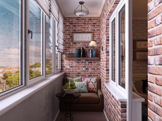 Декоративный кирпич на балконе
