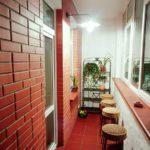 Фото 3 Чем и как самостоятельно покрасить кирпичную стену на балконе