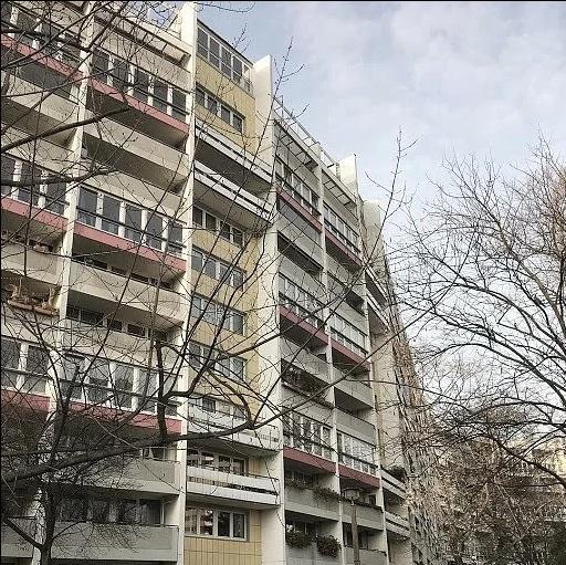 В чем основные отличия балкона от лоджии: особенности конструкций и нюансы перепланировки