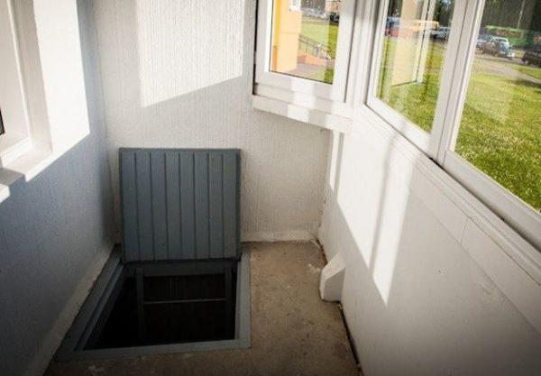 Балконный погребок своими руками — виды и пошаговые инструкции с фото и описанием